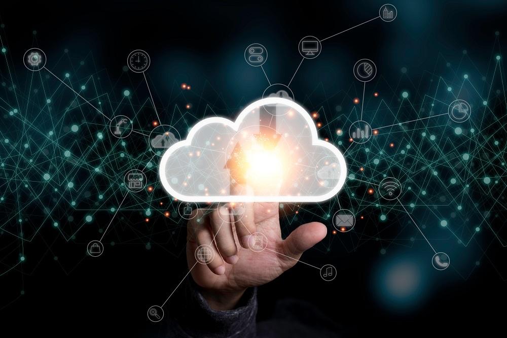 混合雲戰略將為企業,尤其是中小企提供更多開放、安全、彈性、可靠的混合雲產品,以滿足企業對靈活部署和成本效益的需求,協助加快其數碼化轉型進程。