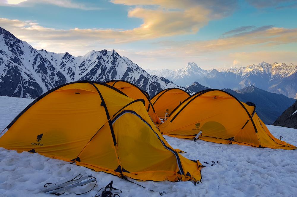 東莞品牌的帳篷登上喜馬拉雅