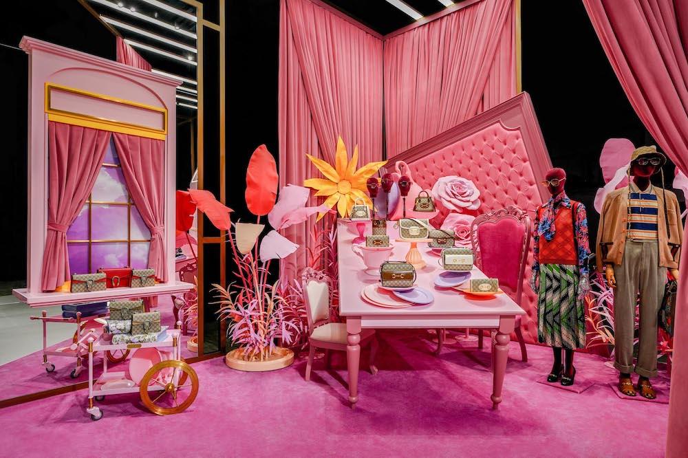 Gucci首次展出的新品將陸續在天貓奢品首發。