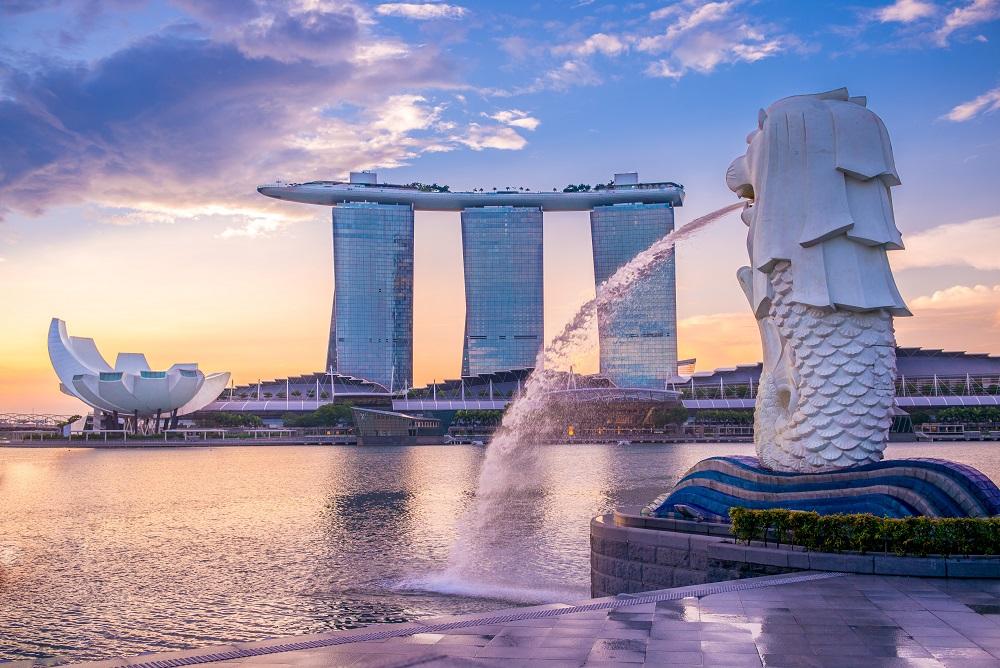 在新加坡工作的Monica陳敏儀在良好的人文環境下薰陶成長,成就聰明、樂觀與自省兼備的特質。