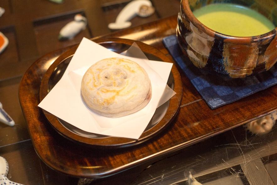 歴史ある観光地・太宰府でいち早くアリペイ決済を導入した老舗店